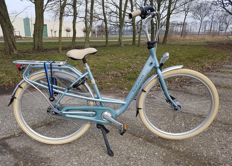 Batavus mambo de luxe 48 cm €450