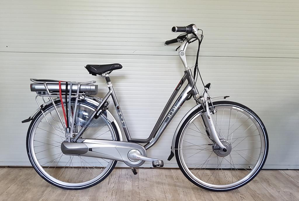RIH omega 2 54 cm nieuw opbouw 522 wh €1650verkocht