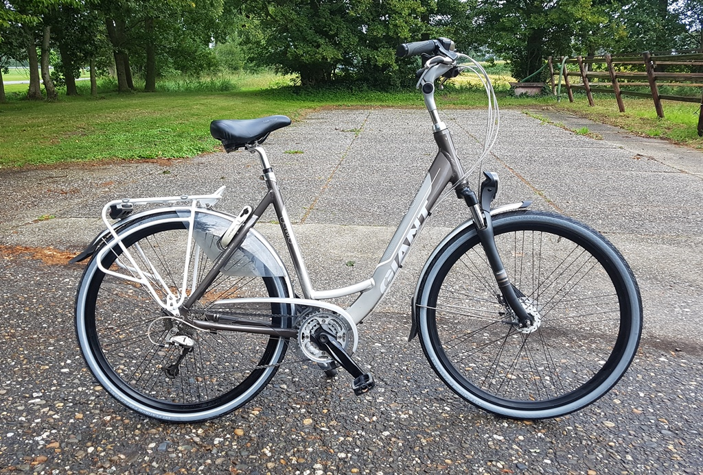 giant ultimo T27 57 cm€399